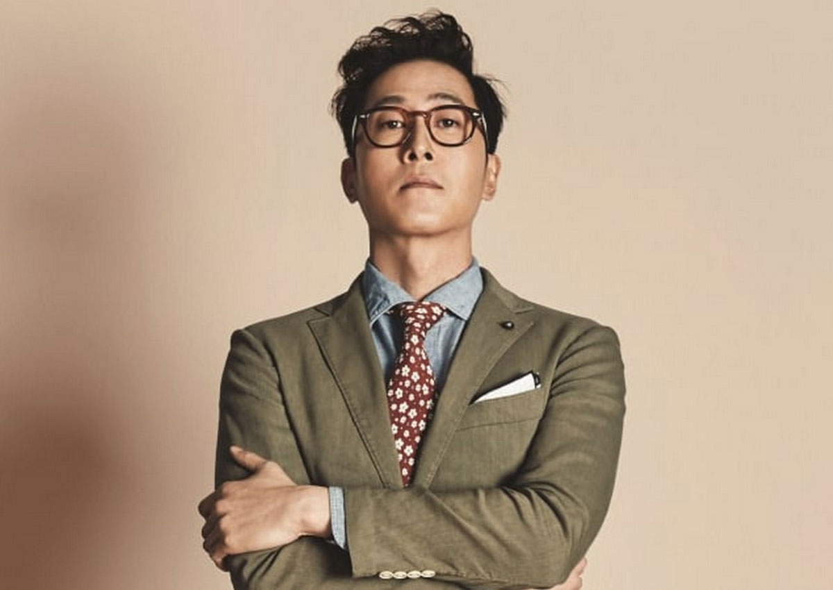 45-year-old South Korean actor Kim Joo Hyuk died in a car crash on 30 October