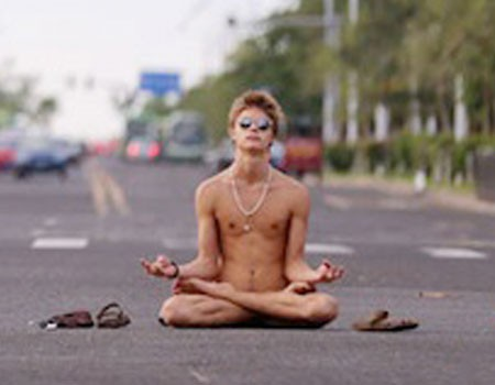 male-meditation-nude