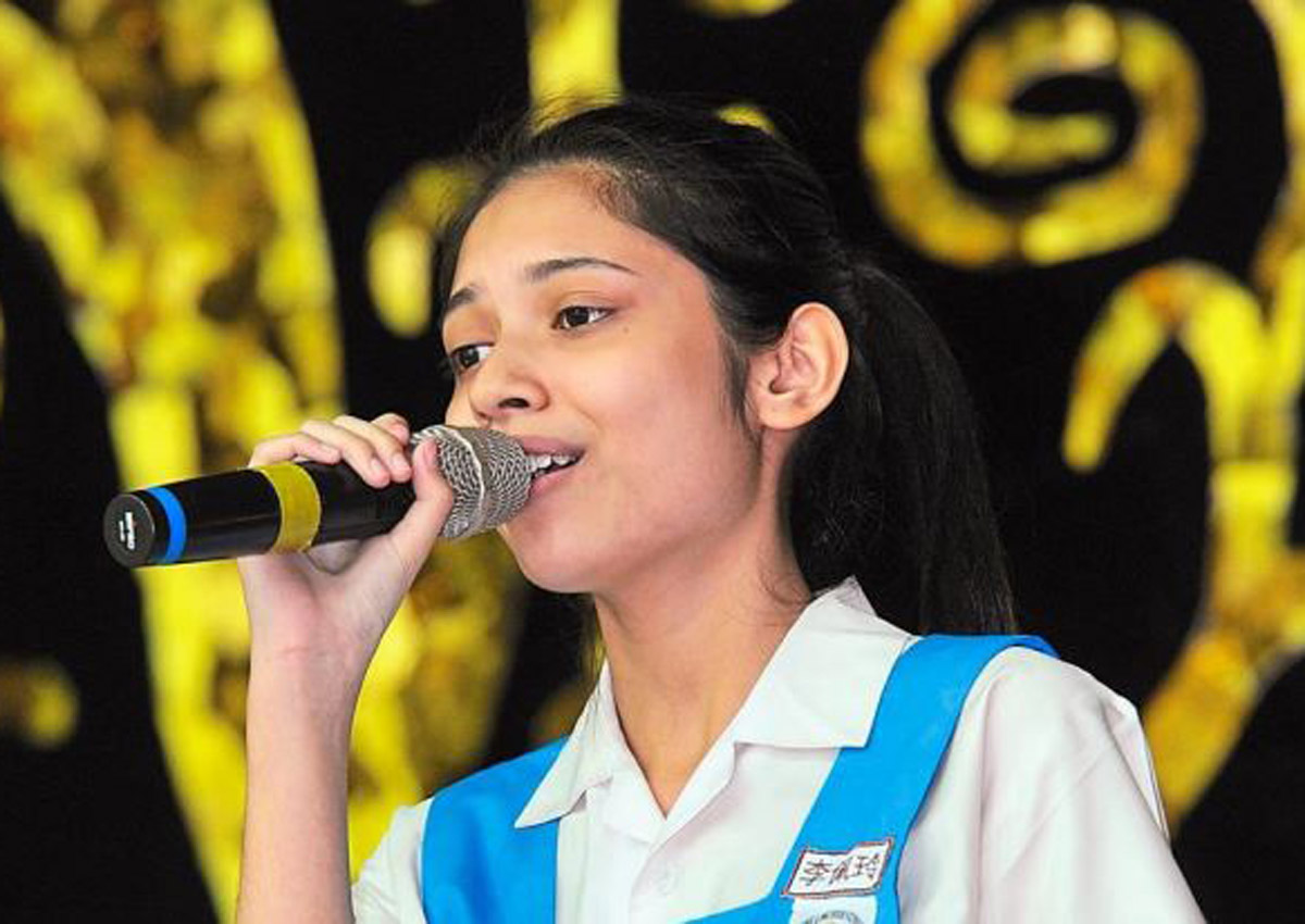 15-year-old Malaysian girl into finals of China singing