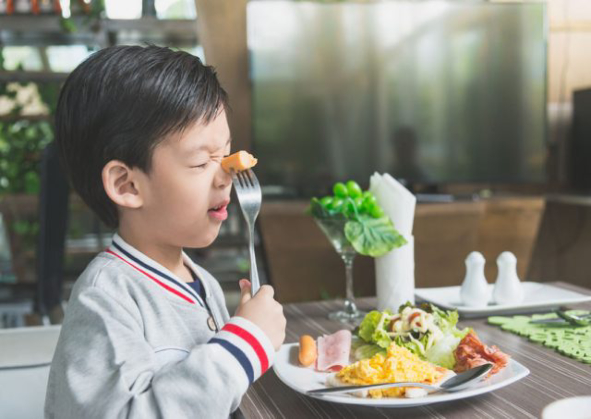 Brilliant Eating Out With Toddler 10 Ways To Get Him To Behave Pabps2019 Chair Design Images Pabps2019Com