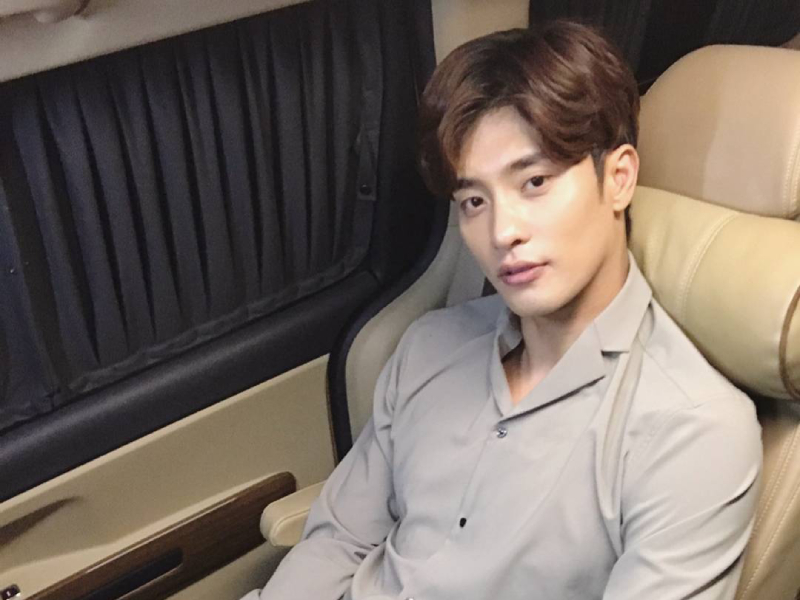 Korean Actor Sung Hoon Wants A Private Jet To Fly With His Dog
