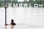 Flood havoc in Johor, Pahang - 1