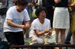 Chinese families mark 100th day of MH370's disappearance - 2