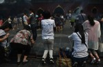 Chinese families mark 100th day of MH370's disappearance - 0