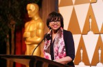 Storm-hit Hollywood rolls out red carpet for nailbiter Oscars night - 3