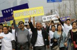Chinese MH370 relatives protest at Malaysian embassy  - 10