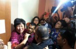 Chinese relatives' anger erupts in Malaysia over lost plane - 45