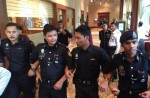 Chinese relatives' anger erupts in Malaysia over lost plane - 47