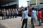 Khaw Boon Wan's Facebook photos of mock riot draw flak - 1