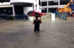 Heavy rain causes flash floods in several parts of S'pore - 12