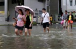 Heavy rain causes flash floods in several parts of S'pore - 2