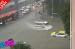 Flash flood along Chai Chee Road - 12
