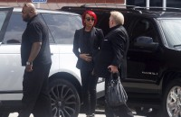 Bobbi Kristina Brown funeral draws crowd of onlookers
