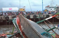 Overloading eyed in Philippine ferry capsize: official