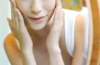 Beat the haze: Keep skin clean, don't over-moisturise