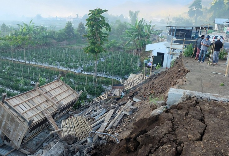 Catholics collect aid for victims of deadly Indonesian quake