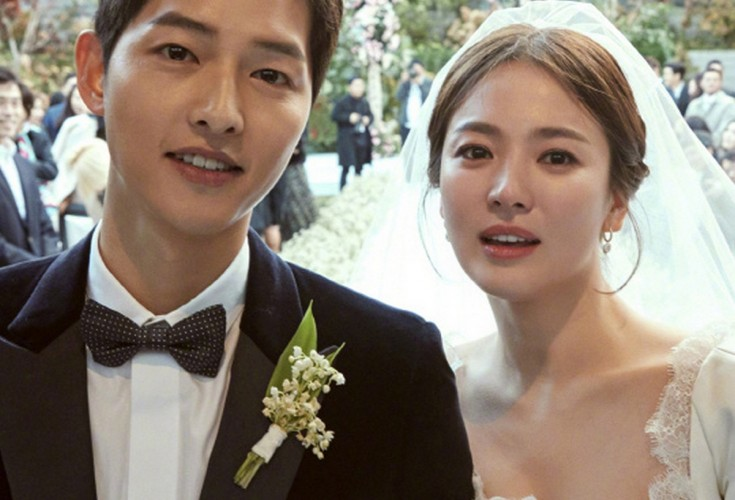 Song Joong Ki Hye Kyo Tie The Knot In Seoul