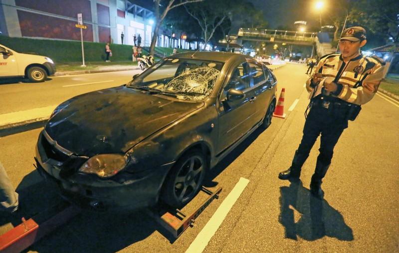 Kondisi mobil yang menabrak Eleanor