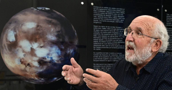 Humans will not 'migrate' to other planets, Nobel winner says - AsiaOne
