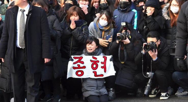 K-pop agency system comes under fire in wake of Jonghyun's