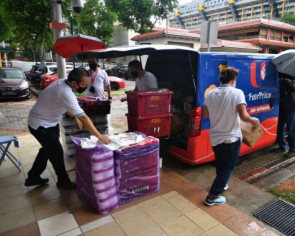 Residents in 5 HDB mature estates to have NTUC FairPrice vans selling essentials nearer their homes