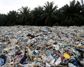 Malaysia sends back over 300 containers of illicit plastic waste