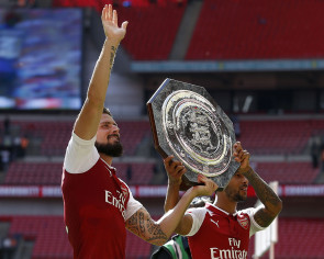 Football: Arsenal beat Chelsea in Community Shield