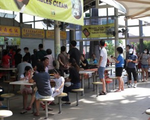 Coronavirus: Scheme disbursing $500 to hawkers who engage food delivery platforms extended until end-2020
