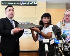 New-found debris believed from MAS Flight MH370 handed to Malaysia government