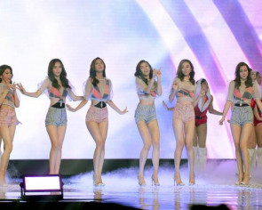 Stripping swimsuit segment at Malaysian pageant only a piece of advice, says cop