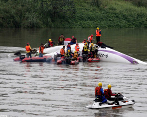 At least 31 killed in TransAsia crash