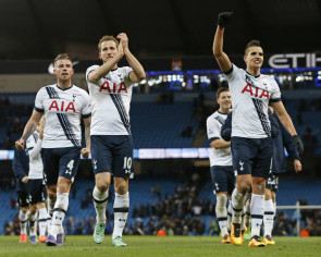 Tottenham wear title look