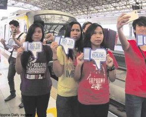 MRT riders fight fare hike in Philippines