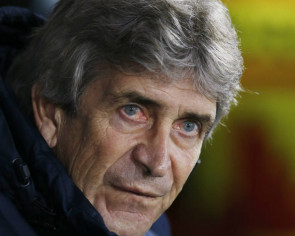 Pellegrini set to unleash fearsome foursome against Everton