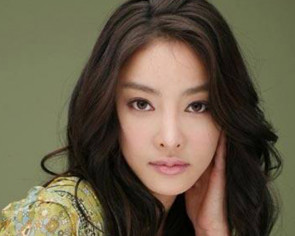 Former police chief says he felt pressure in S. Korean actress Jang Ja-yeon death probe