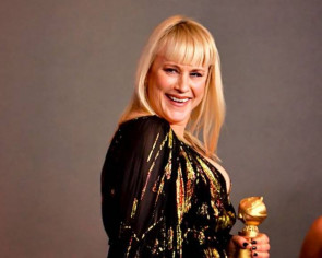 Patricia Arquette's Golden Globes gown tore before she got there