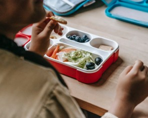 23 easy-to-make recipes for your kid's school lunchbox