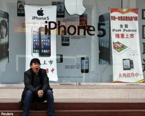 Fewer Chinese consumers picking Apple's iPhone