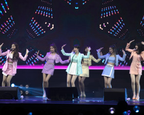 Most ambitious crossover? Gfriend takes on 'Infinity War' at Singapore concert
