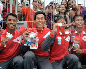 No golds, but silver lining for rowers
