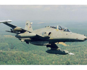 Malaysian Air Force fighter jet loses contact with base