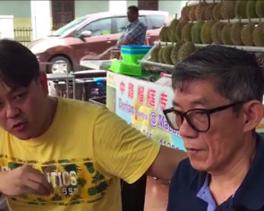 Complaint over $328 price for 3 durians: Penang seller says will sue