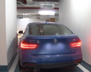 Chinese woman pays $40,000 for premium parking lot but can only exit car through sunroof