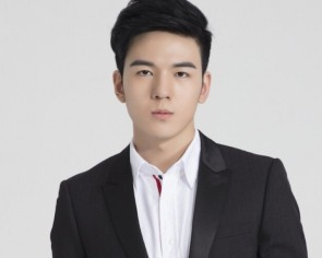 China investigates senior official over celebrity son Tong Zhuo's college admission drama