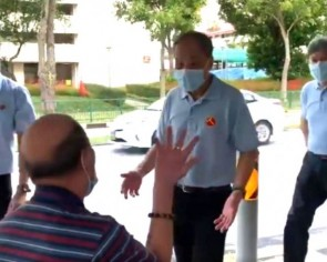GE2020: Low Thia Khiang joins Dennis Tan on WP walkabout in Hougang