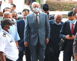 Najib a victim of a scam, says lawyer