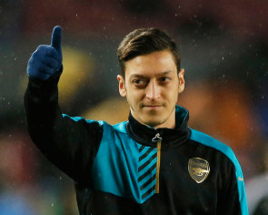 Football: Ozil urges Arsenal to fight for every Premier League point
