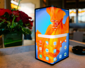 Hands on with the Mate Xs, Huawei's new $3,788 foldable phone