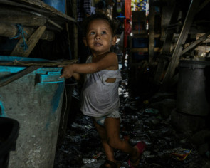 Perfect storm of virus peril in Asia's sprawling slums