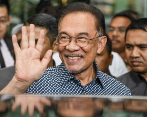 Anwar could have been PM, but refused to betray people's mandate, says PKR MP